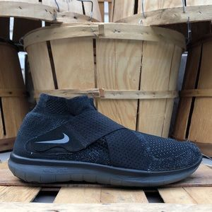Nike Free RN Motion FlyKnit Running Shoes